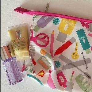 Clinique 3pc bundle NEW case+cream+cleanser